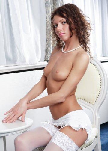 rebecca girl top escort babe in Amsterdam