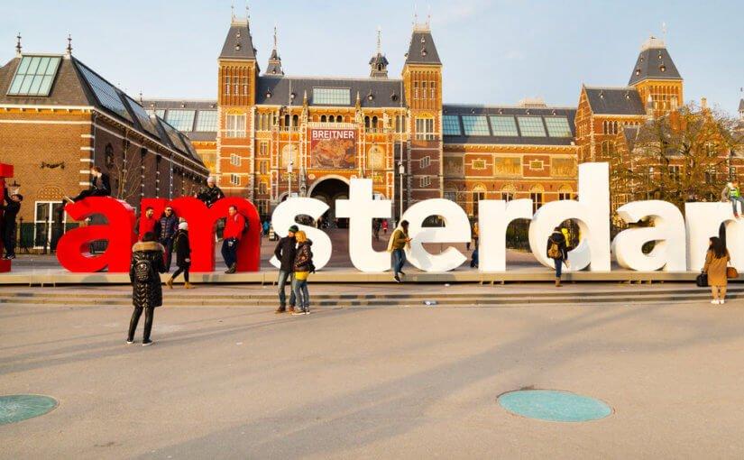 Amsterdam escort city tour