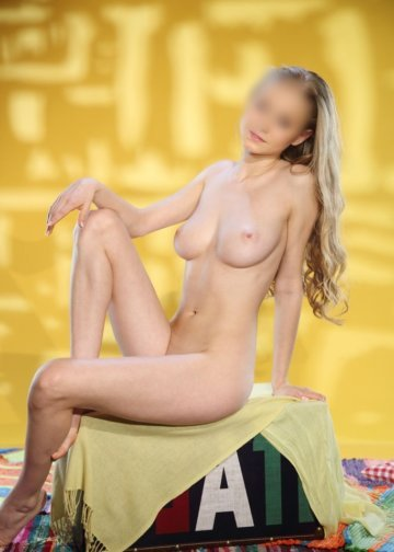 Nancy blonde girl escort amsterdam