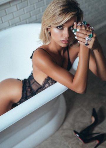 Penelope Gold Amsterdam escort
